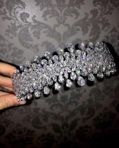 Ювелирное украшение с цирконами «Brilliant» 5 см