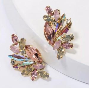 Серьги с розовыми кристаллами 3,4 см