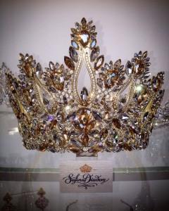 """Эксклюзивная корона """"Gold Queen"""" 13 см"""